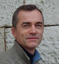 Webmaster référenceur d'auteurs sur le développement personnel, développement personnel, les sciences humaines, l'éveil spirituel, l'intelligence émotionnelle, le mindfulness , la sagesse, les créatifs culturels : Franck DENISE